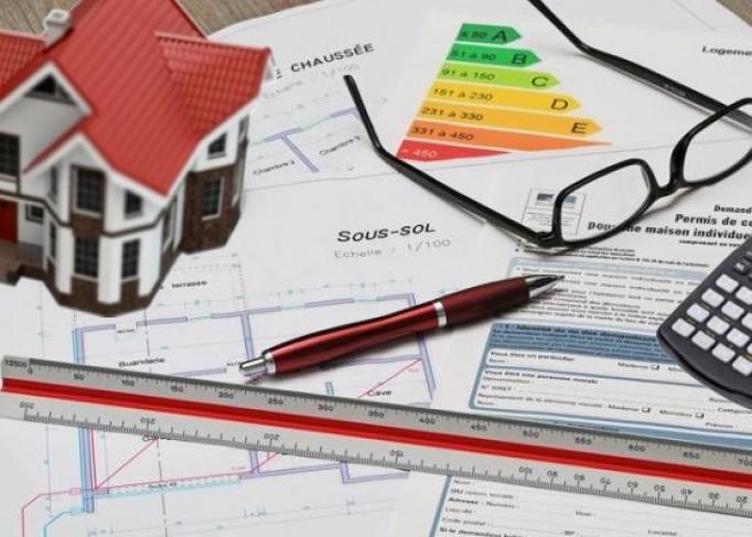 Exercer dans l'immobilier (1) : Pourquoi est-il indispensable de se former ?