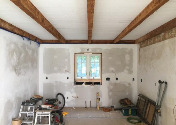 Réaliser des travaux majeurs dans une maison en location : que dit la loi congolaise